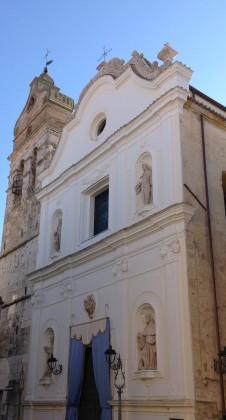 """Restauro conservativo 5 opere lapidee ubicate sulla facciata della """"Chiesa della SS. Trinità"""" San Severo -Foggia-"""