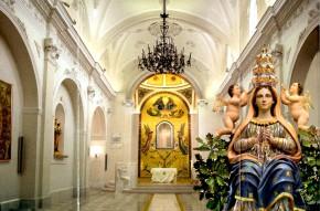 """Restauro conservativo dipinti murali """"finti marmi"""" e Stucchi del Santuario Maria SS. dell' Incoronata Apricena -Foggia-"""